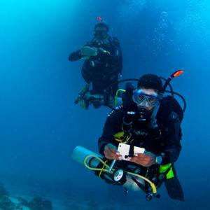Curso-PADI-self-reliant-diver
