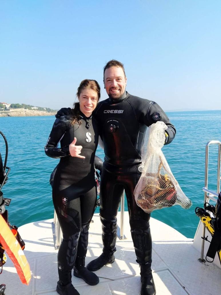 Limpieza-fondos-marinos-buceadores