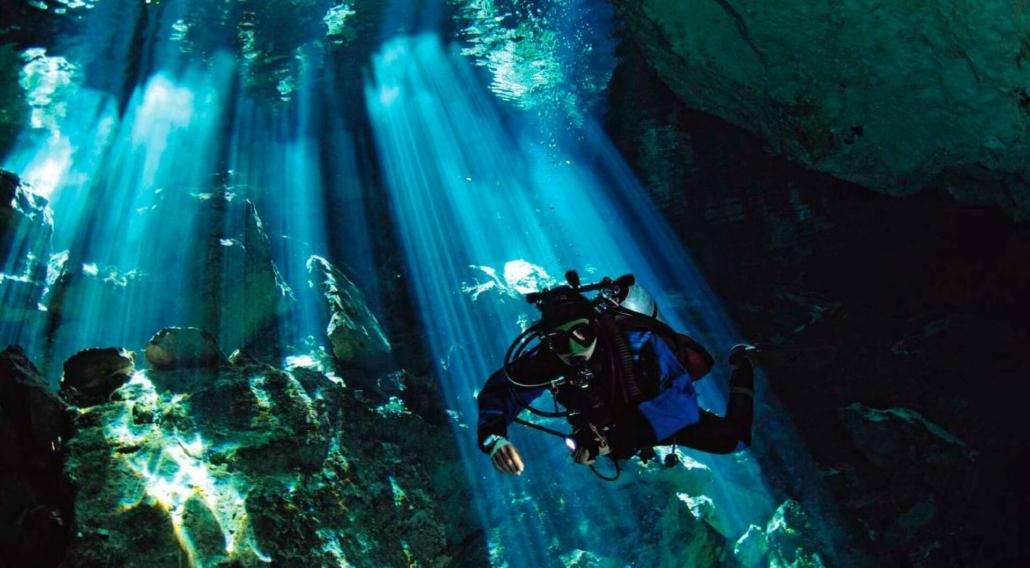 Submarinismo-en-cenotes