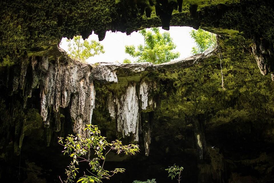 Abertua-superior-de-un- cenote