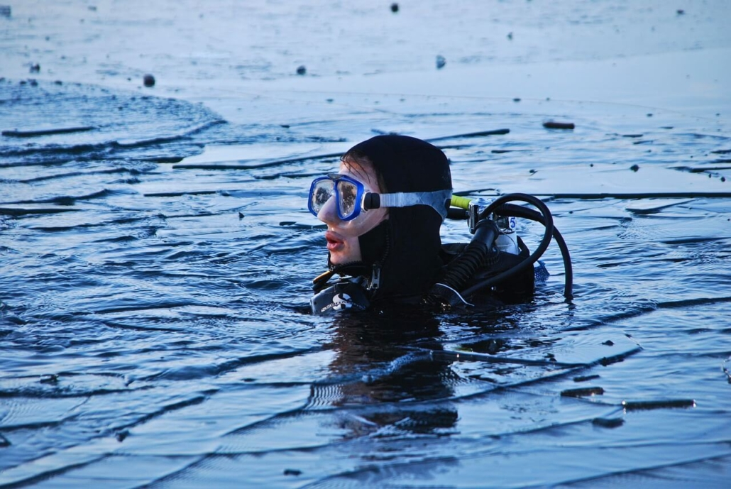 Submarinismo-en-lagos