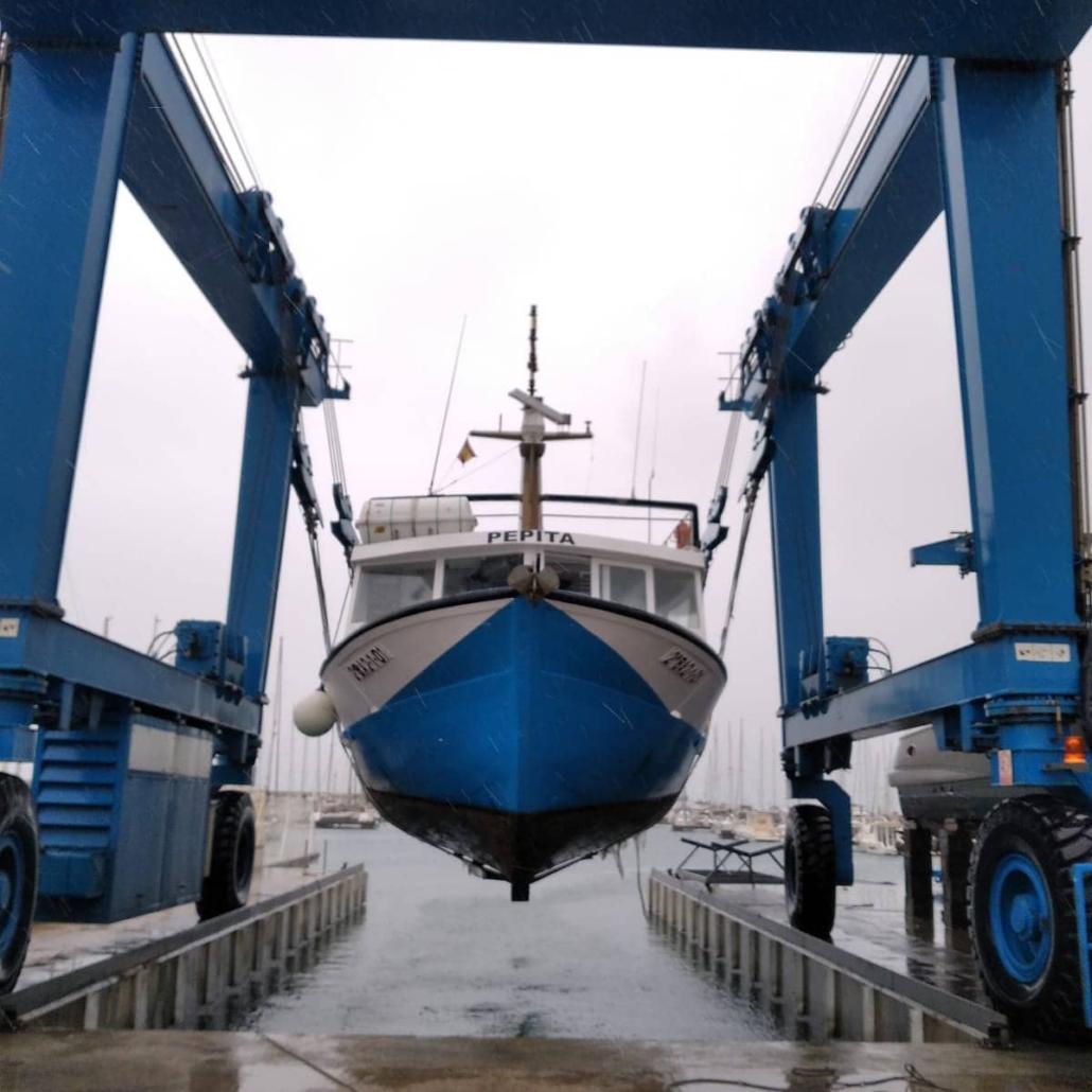 Pepita-nuestro-barco-de-buceo-en-Tarragona