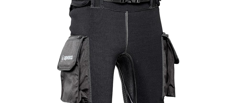 Vista-lateral-pantalones-de-buceo-Apeks